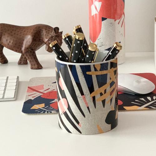 Retro Tropical Animals Ceramic Pen Cup