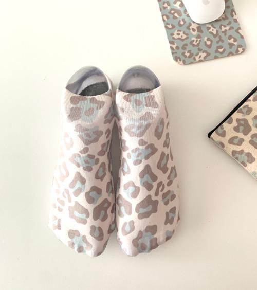 Blue Leopard No-Show Socks
