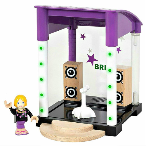Brio Singing Stage 6 Piece Playset with Sound and Light Effects