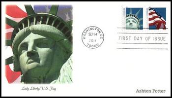4560a / 44c Lady Liberty and U.S. Flag AP Booklet Se-Tenant Pair 2011 Fleetwood FDC