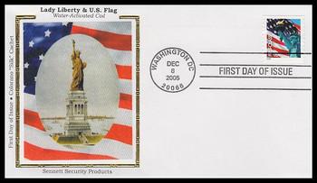 3967 / 39c Statue of Liberty and Flag PVA SSP 2005 Colorano Silk FDC