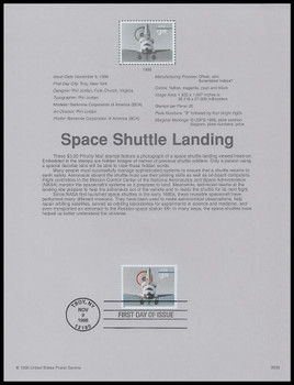 3261 / $3.20 Space Shuttle Landing Priority Mail 1998 USPS #9838 Souvenir Page