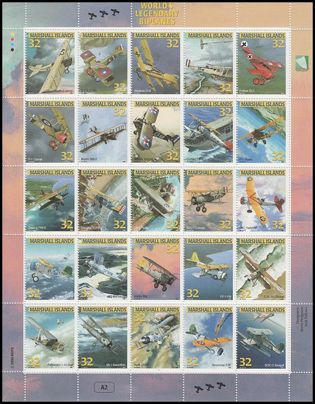 617 / 32c World's Legendary Biplanes 1996 Marshall Islands 25 Stamp Se-Tenant Sheet