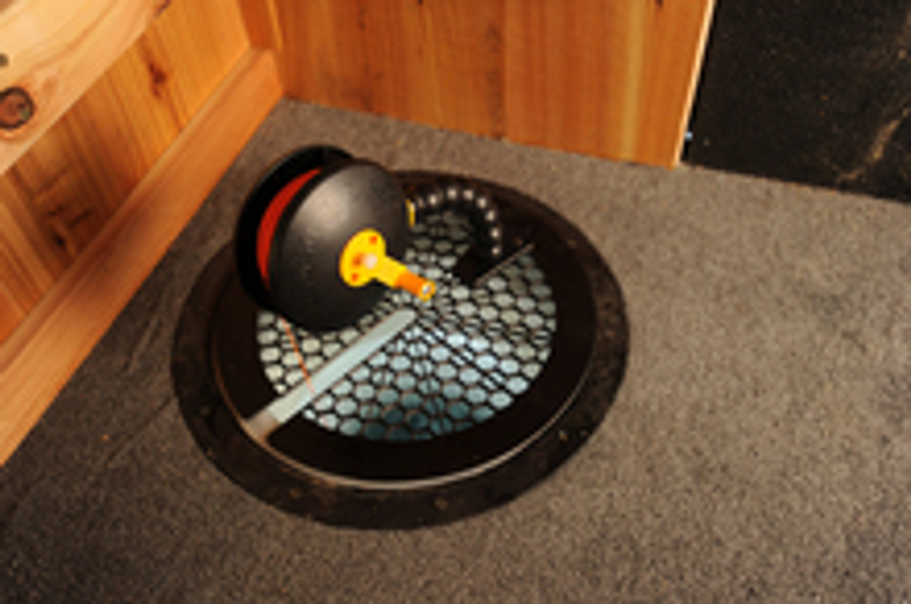 Can be used with Catch Covers Rattlesnake reels by attaching the reels base to it.