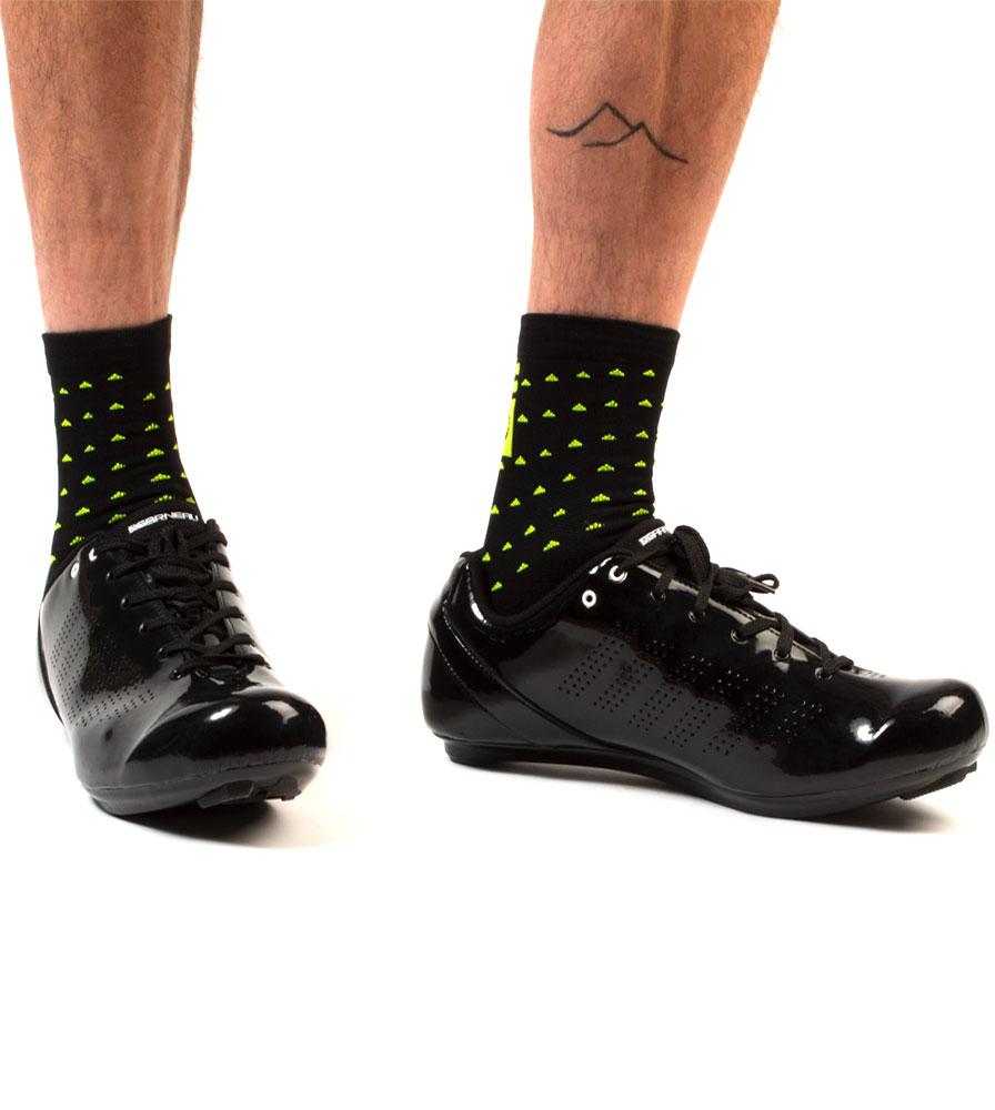 Aero Tech X DeFeet 5 Inch Vapor Cycling Sock Modeled