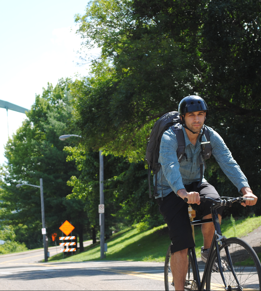 Men's Pedal Pushers Commuting Knicker in Action