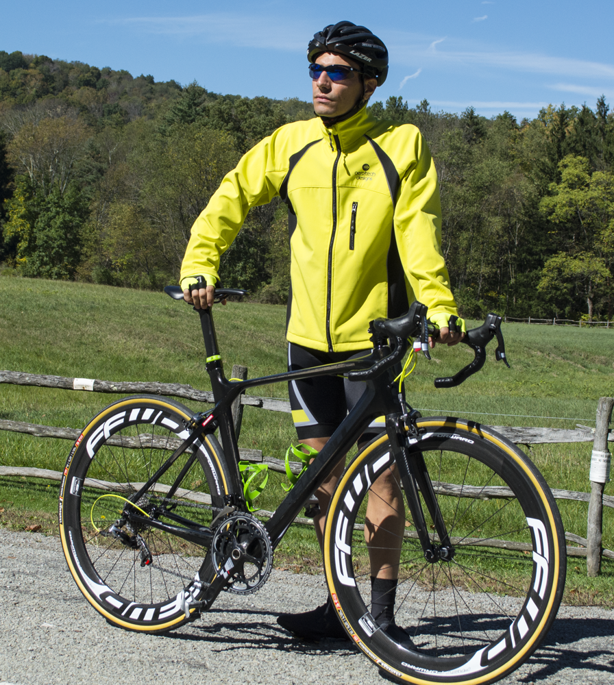 thermal-cyclingsoftshell-yellow-model.png