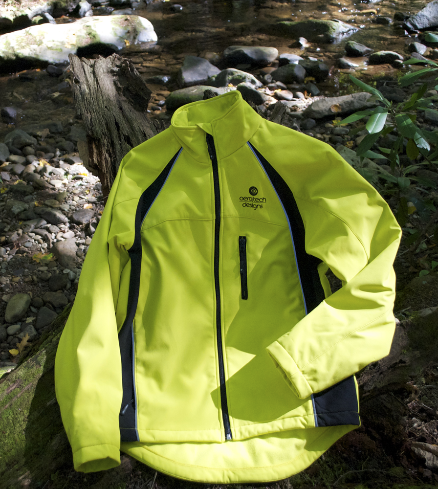 thermal-cyclingsoftshell-yellow-outside.png