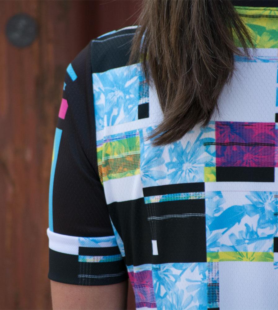 womens-fierce-cyclingjersey-racefit-model-detail.jpg