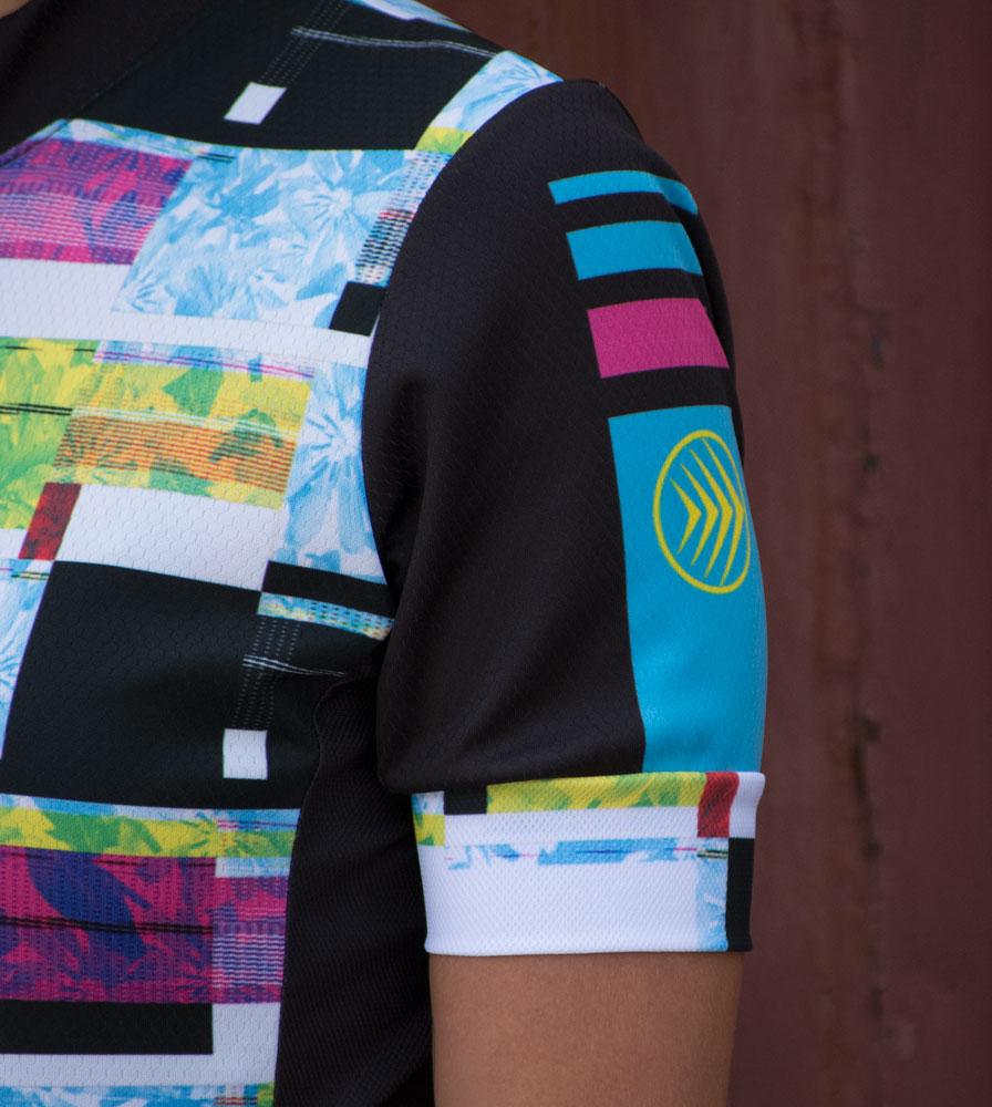 womens-fierce-cyclingjersey-racefit-model-sleeve.jpg