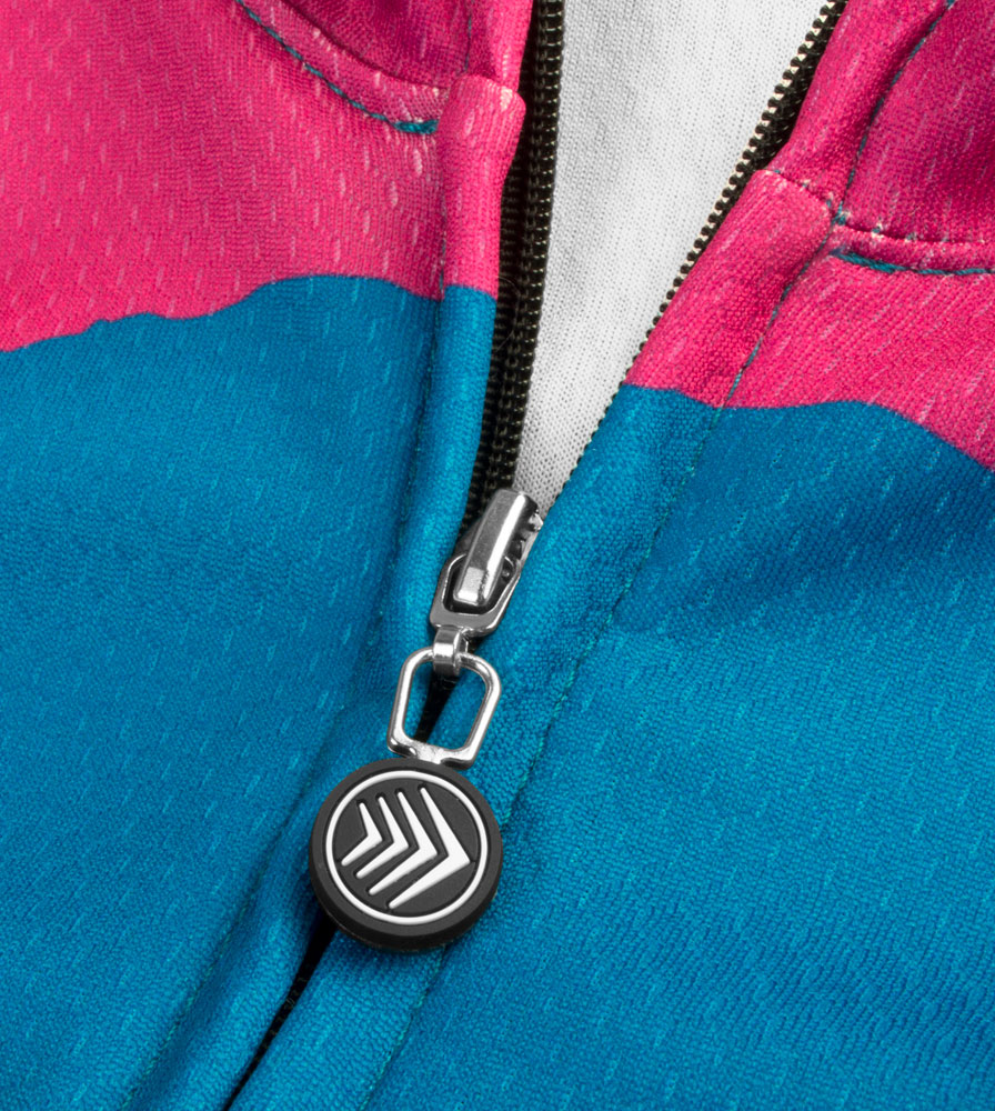 womens-fierce-granfondo-cyclingjersey-trimfit-zipperpull.jpg