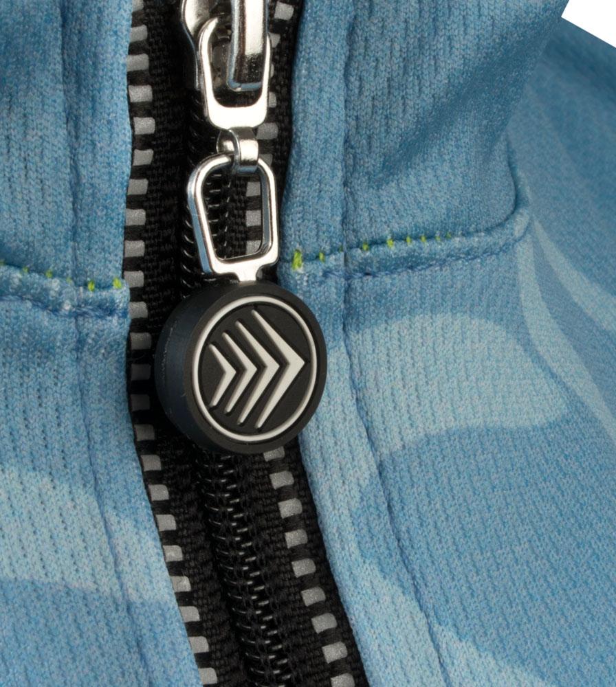 Zipper Pull Detail
