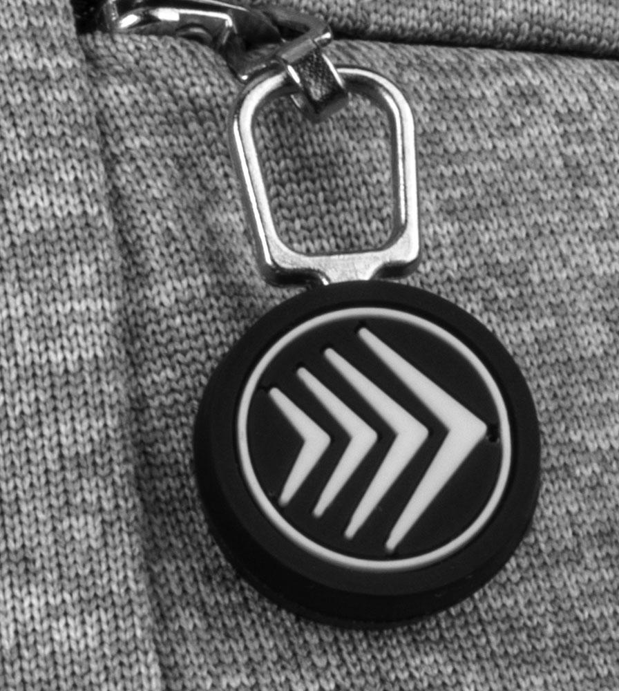 womens-techcyclingshirt-thrivetee-zipperdetail.jpg