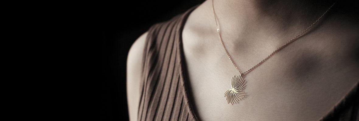 moorigin-dandelion-pendant-s-gold-1.jpg