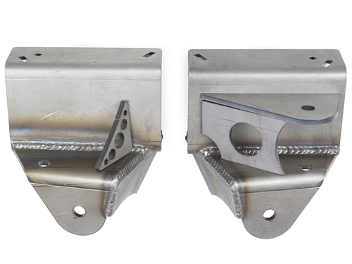 The 3 Link upper link mount can put on either side by the installer