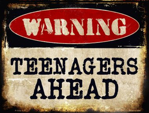 Teenagers Ahead Wholesale Metal Novelty Parking Sign