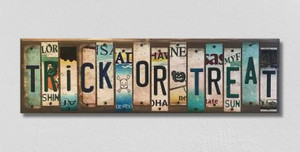 Trick or Treat Wholesale Novelty License Plate Strips Wood Sign