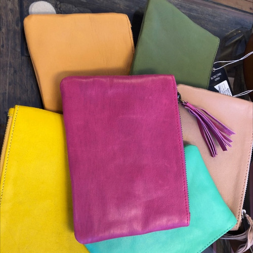 Shoe shu coloured clutches
