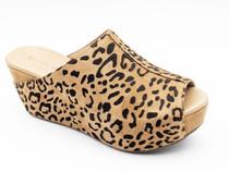 Wynn Leopard Platform