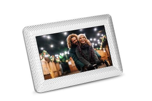 Polaroid PDF-750ST 7 Inch 1024x600 LED Digital Photo Frame Textured Silver Frame