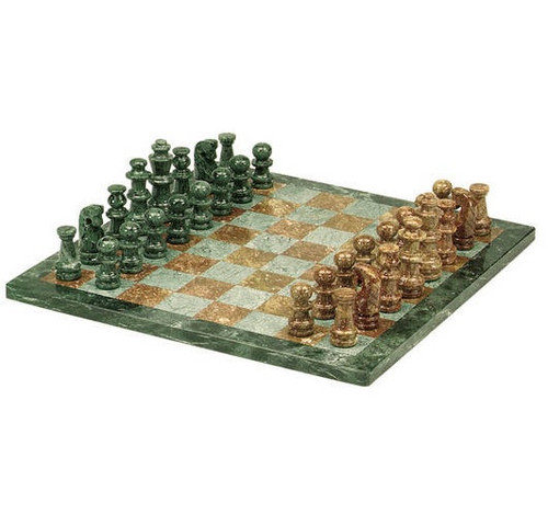 "16"" Green & Tan Marble Chess Set"