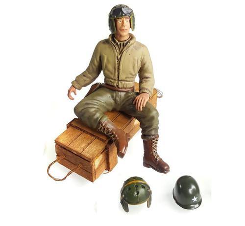 1/16 Scale U.S. 2nd Lieutenant G. Clark Figure WWII RC Tank Crew
