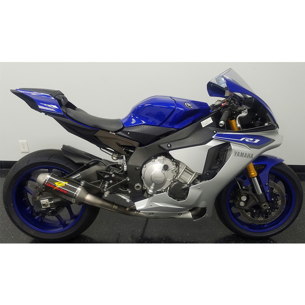 Graves Motorsports Yamaha Yzf R1 15 19 Full Titanium Exhaust System With 200mm Silencer