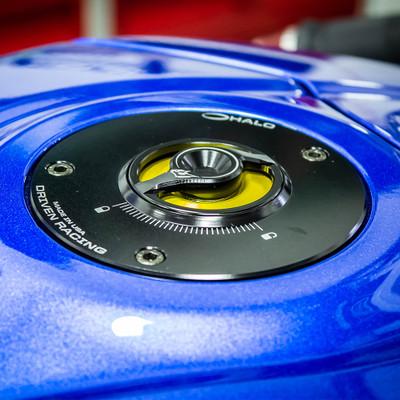 Driven Racing Halo Gas Cap base and cap Combo Suzuki GSXR 600 750 2004-2016