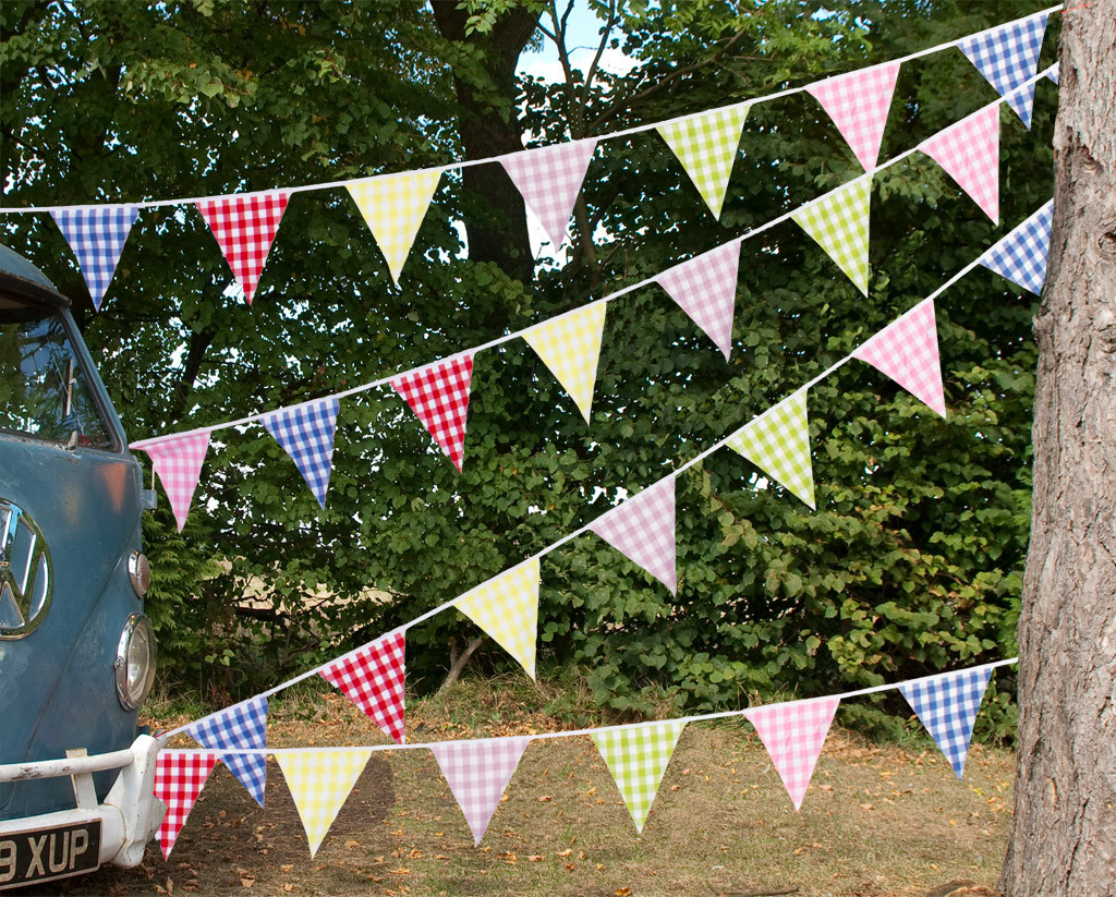 Large Gingham Check Bunting Camper Van