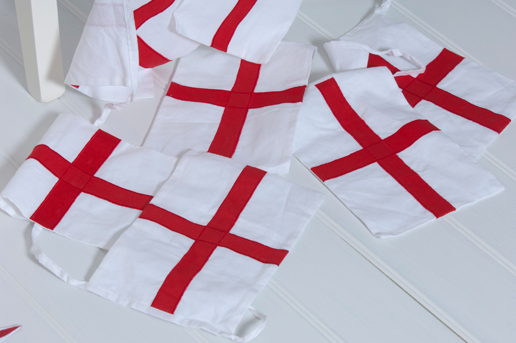 England St George Bunting Floor