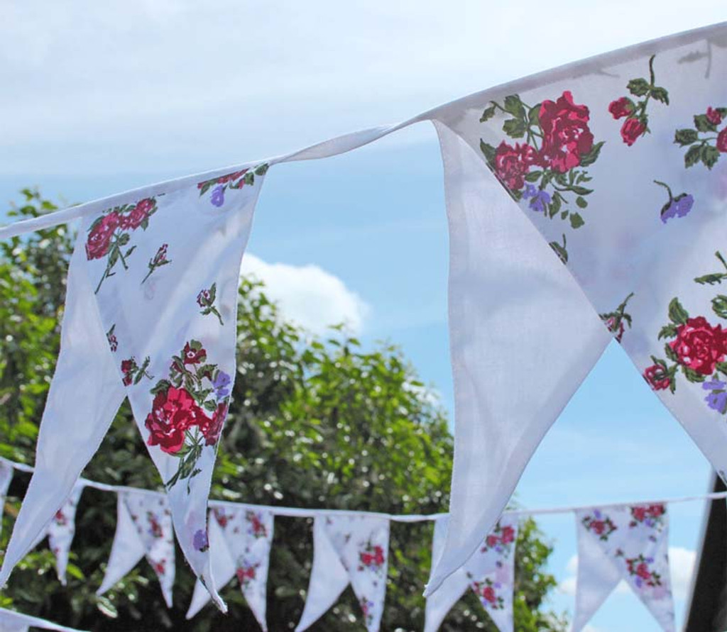 Floral and White Dual Pennant Fabric Bunting