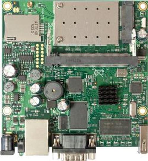 MikroTik RB411UAHR RouterBOARD 680Mhz Built wireless card b/g 64MB USB 1