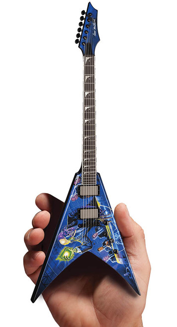 Axe Heaven Dave Mustaine MEGADETH Rust In Peace Mini Guitar
