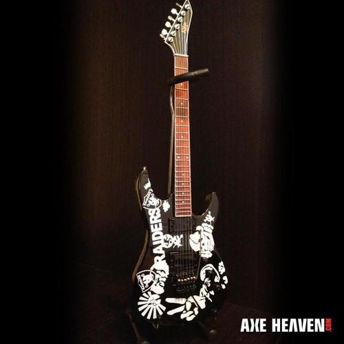 Axe Heaven Jeff Hanneman Signature Raiders Tribute Mini Guitar Replica Collectible