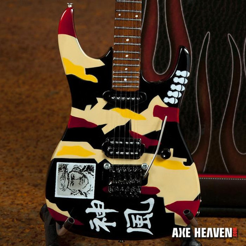 Officially Licensed George Lynch Kamikaze Miniature Guitar Replica Collectibl This officially licensed collectible miniature guitar