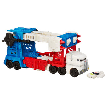 Transformers Combiner Wars Leader Class ULTRA MAGNUS