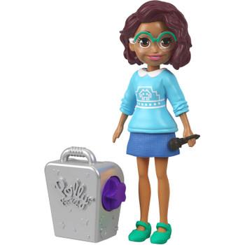 Shani doll comes with a karaoke machine and microphone.