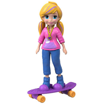 This Skate Rockin' Polly™ doll stands around 3.5 inches (9 cm) high and is ready for adventure, anytime, anywhere!