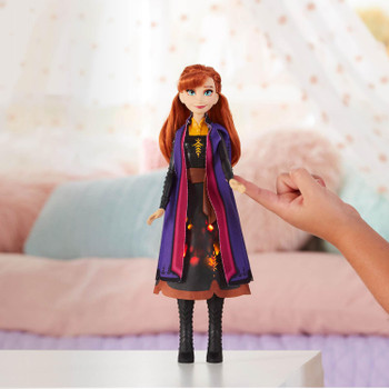Disney Frozen II Autumn Swirling Adventure ANNA Light-Up Fashion Doll