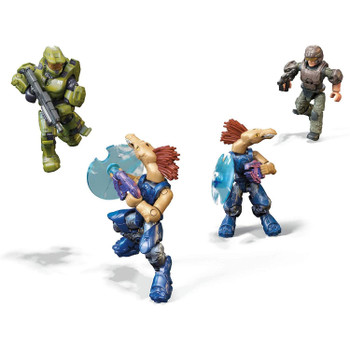 4 highly collectible micro action figures: Master Chief, UNSC Marine and 2 Jackal Freebooters, with authentic detail, 12 points of articulation, display stands and interchangeable weapon accessories.