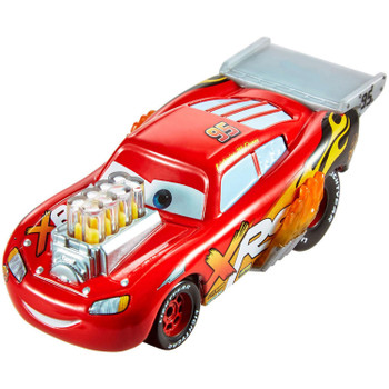 Lightning McQueen 1:55 scale die-cast has iconic designs plus mag wheels, exposed exhaust pipes with flames, and moving engine pistons