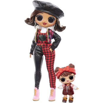 STYLISH FASHION DOLL: She has beautiful features and styled hair, she is articulated for tons of poses, and she comes with her younger sister LOL Surprise doll, Babe in the Woods.