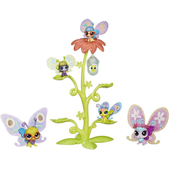 Meet the Butterflew family! This collection of butterfly pets (including one caterpillar young'un) features eye-catching colours and soft, bendable wings.