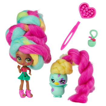This 2-Pack of beachy besties includes one 3-inch Tropical Coco Candylocks Doll and her adorable pet BFF Chi Chi Chick!