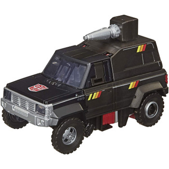 The good-humoured Autobot defensive strategist, Trailbreaker, converts from 5.5-inch scale robot to classic camper truck mode in 18 steps. Includes a blaster accessory.