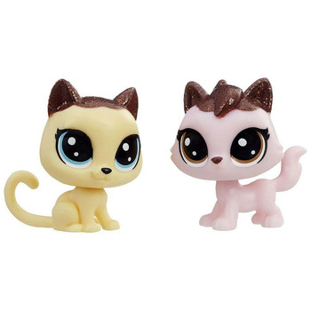 This captivating cat pair, a short-fur (Crumpet Shortfur) and a long-fur kitty (Sugarberry Fluffcat), are a lovely combination of vanilla and strawberry!