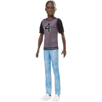 The Ken™ Fashionistas™ dolls stay cool with trendy looks and individual styles.