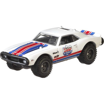 This '67 Off Road Camaro features a Dakar rally-inspired deco and over-sized tyres.