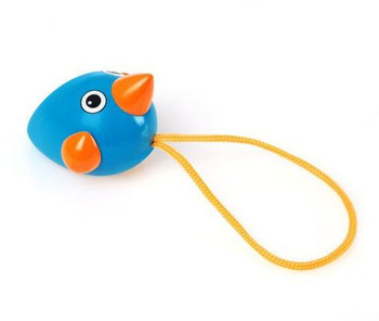 A perfect toy for the youngest mind. With the colourful blue & orange pull-along design, the Birdie is perfect for play at the table or on the ground. Pull the string and see how the Birdie's wings spin to keep up with the pace.