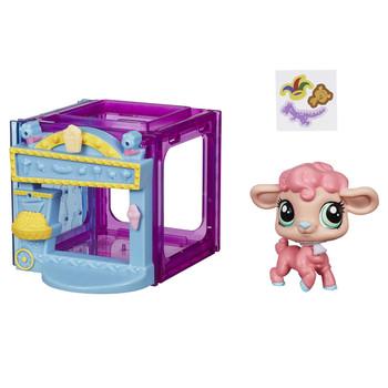 Littlest Pet Shop Mini Style Set with #4024 WANDA WOOLSEY the Lamb